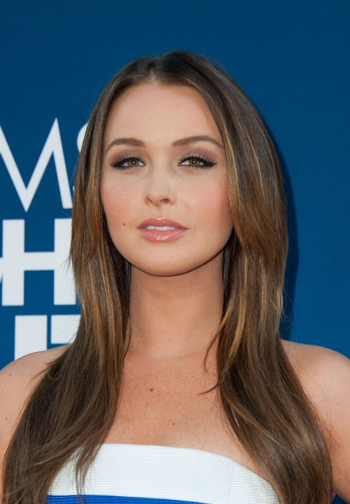 Camilla Luddington in tight dress -01