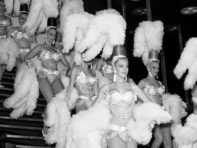 10513_content_Showgirl-Vegas-3.jpg (650×488)
