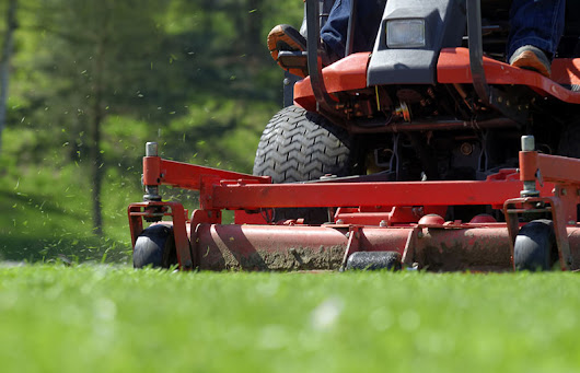 Commercial vs Residential Lawn Care - The Lawn Solutions