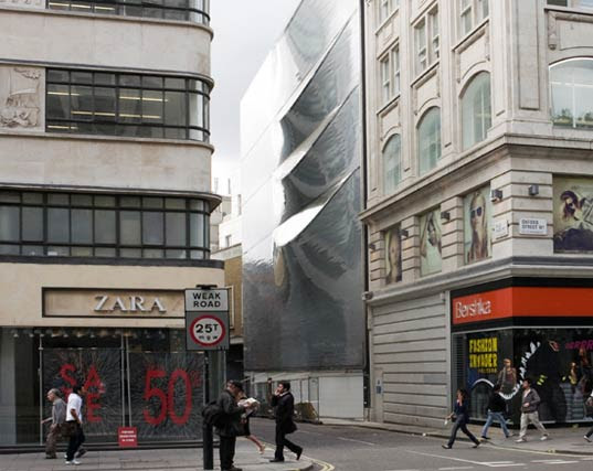 10 hills place, London building, british architecture, amanda levete architects, slashed building, slashed facade, high technology, Lucio Fontana, daylight, green architecture