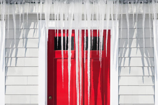 6 Chilling Facts About Icicles That All Homeowners Should Know
