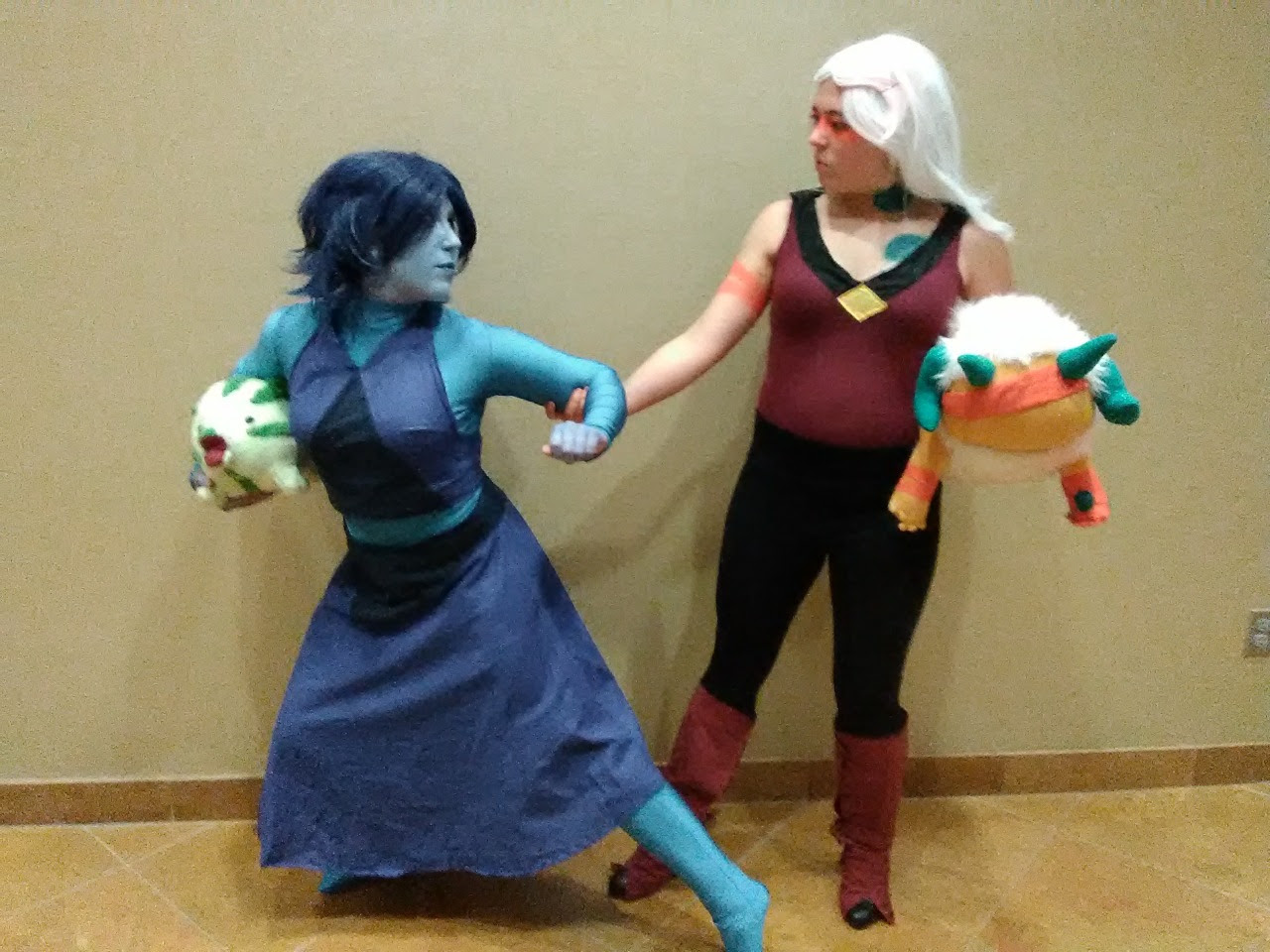 Steven Universe cosplays from Nebkon!!! I loved each and every one of the cosplays there. If you see yourself, let me know so I can tag you. Also let me know if you got any pictures from the SU...