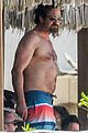 gerard butler on again gf hit the beach in mexico03