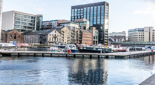 Grand Canal Dock - Dublin (Ireland) by infomatique