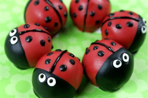 Ladybug Cake Bites   CANDIQUIK
