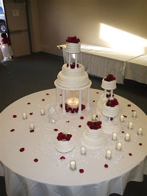 Wedding Cakes With Fountains ? WeNeedFun