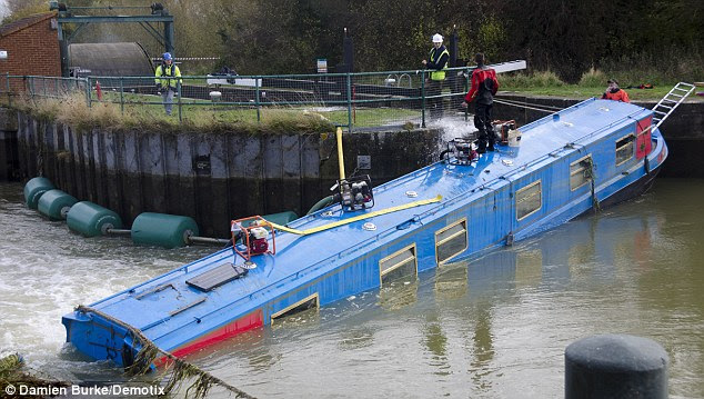 to recover the sunken narrowboat, which was submerged for over a week