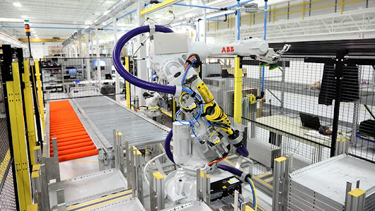 Big news: we're manufacturing robots in the United States - ABB Conversations