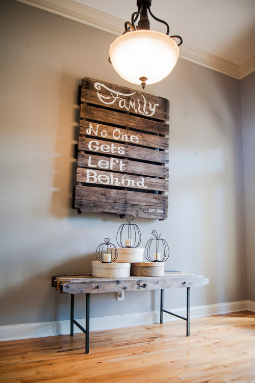 DIY Interior Design Ideas for the Home - Wooden Palette Wall Decor | Live Love in the Home