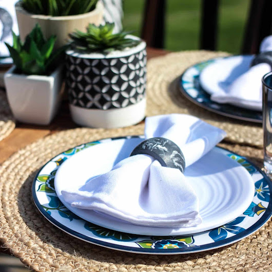 Outdoor Summer Dining - Love Create Celebrate