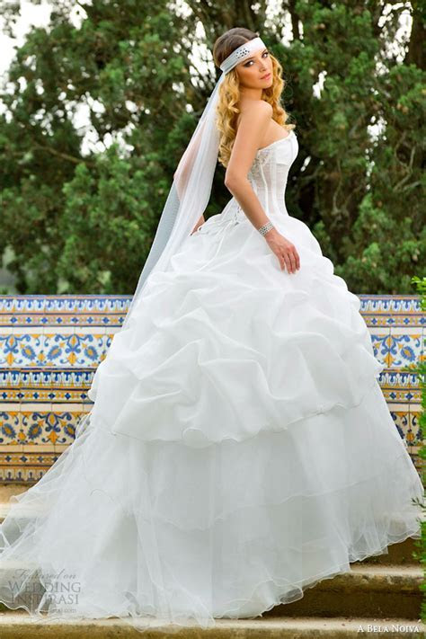 A Bela Noiva 2014 Wedding Dresses   Wedding Inspirasi