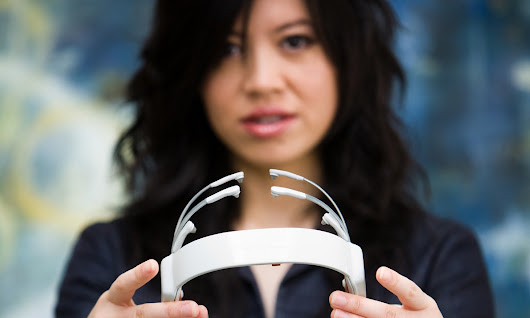 A headset that reads your brainwaves