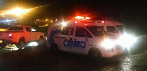 Equipes de resgate no município de La Union / Mi Oriente/Reprodução
