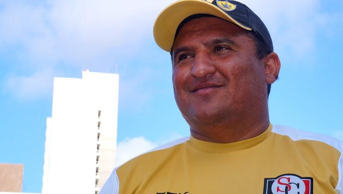 Higor César técnico do Santa Cruz de Natal (Foto: Divulgação)