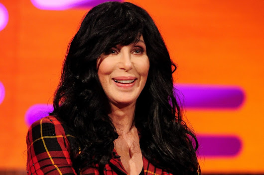 Cher Donates Thousands of Bottles of Water to Help Flint
