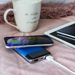 Aduro PowerUp Qi Wireless Charging 10,000mAh Dual USB Backup Battery Power Bank Blue