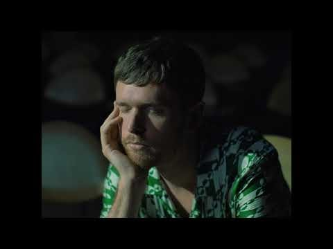 """James Blake lança novo single e clipe """"Say What You Will"""""""