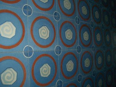 Espiral Cement Tile by Cándido Bidó
