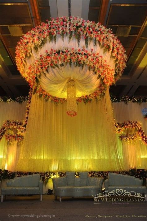 Indoor Banquet Stage design #wedding in Mumbai #florals #