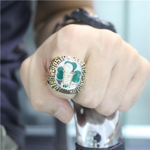 Boston Celtics NBA Basketball Championship Ring for Sale, Click Bio to Buy #celtics #bosto… http://buff.ly...