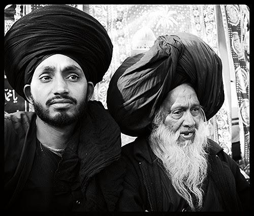 Syed Masoomi Ali Baba Madari Asqan And Gaddi Nashin Razzak Baba by firoze shakir photographerno1