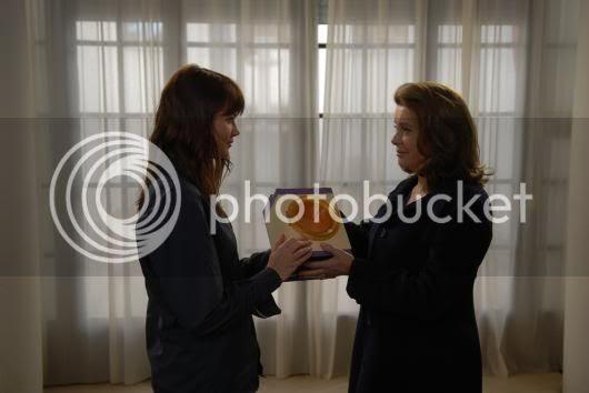 http://i683.photobucket.com/albums/vv199/cinemabecomesher/2010/04/meres_et_filles.jpg