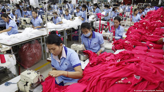 Cambodian garment workers stay poor while dressing the West | Asia | DW.COM | 03.03.2017