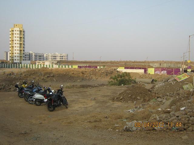 Site of Gera's Park View 1, 1 BHK & 2 BHK Flats at Gera's Emerald City, near EON IT Park, Kharadi, Pune 411014