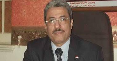 أحمد الخياط وكيل وزارة التربية والتعليم بمحافظة أسيوط