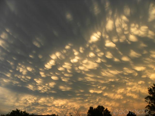 DSCN6348 Mammatus clouds