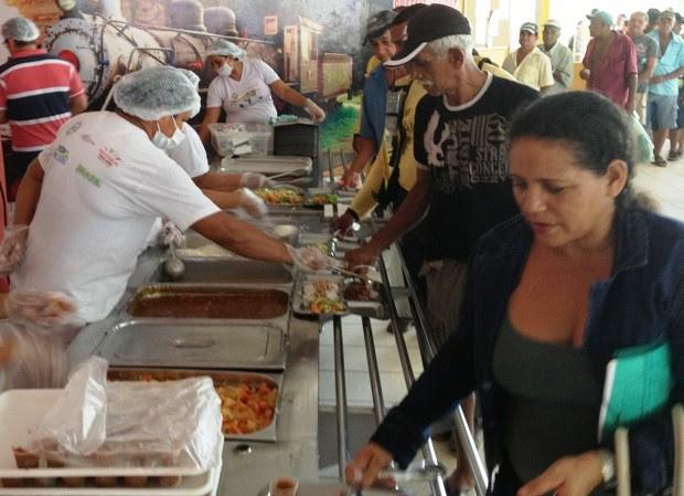 Mais de duas mil refeições são servidas diariamente no Restaurante Popular de Porto Velho, sedundo administração. (Foto: Vanessa Vasconcelos/G1)