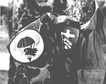 Insignias de los paracaidistas de las fuerzas mercenarias
