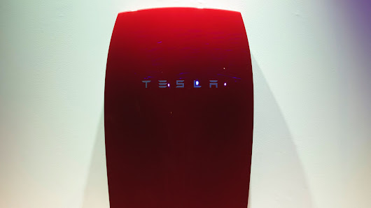 Tesla announces 38,000 pre-orders for Powerwall home battery