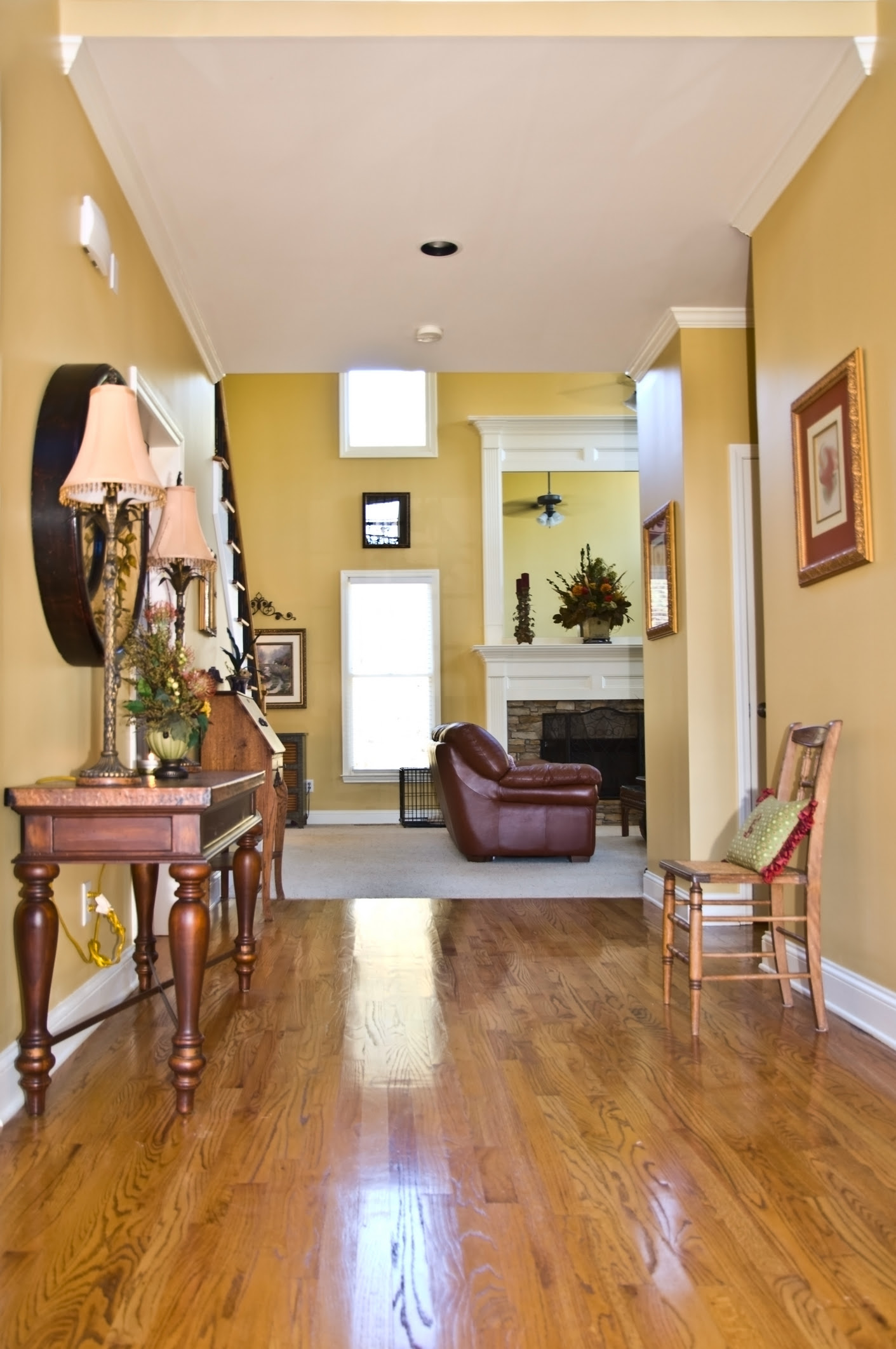 Remodelaholic | Favorite Entryway and Foyer Paint Colors