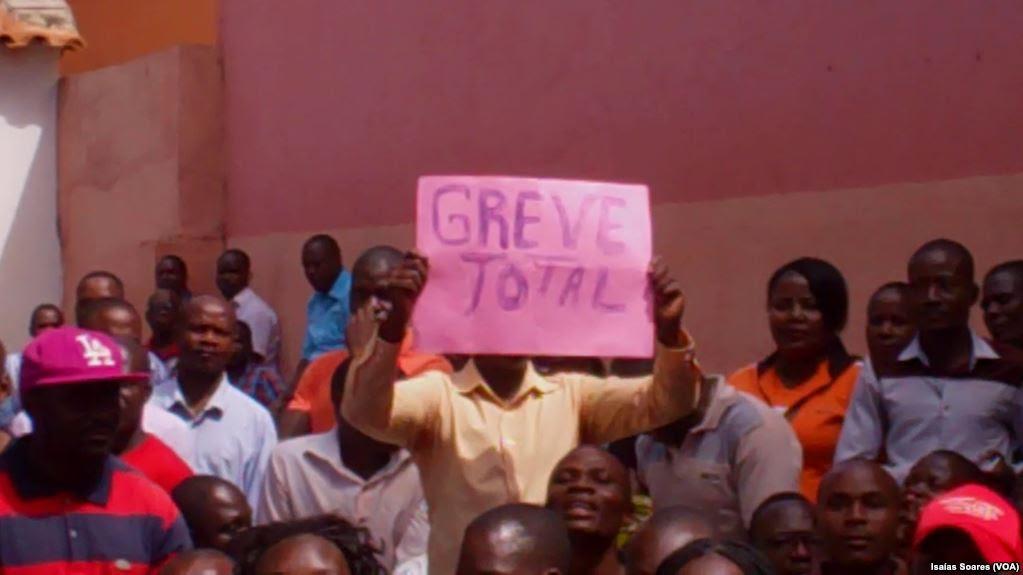 Professores em Malanje em greve total.jpg