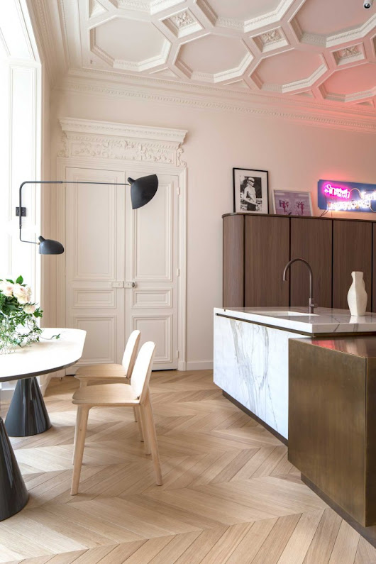Chicdeco blog |   A Stunning Apartment In Paris With Views To The Eiffel Tower