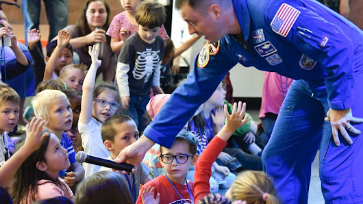 NASA astronaut shares about life in space at the Santa Maria Valley Discovery Museum