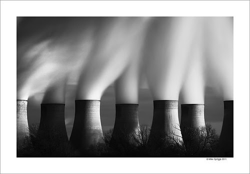 Ratcliffe Power Station por Mike. Spriggs