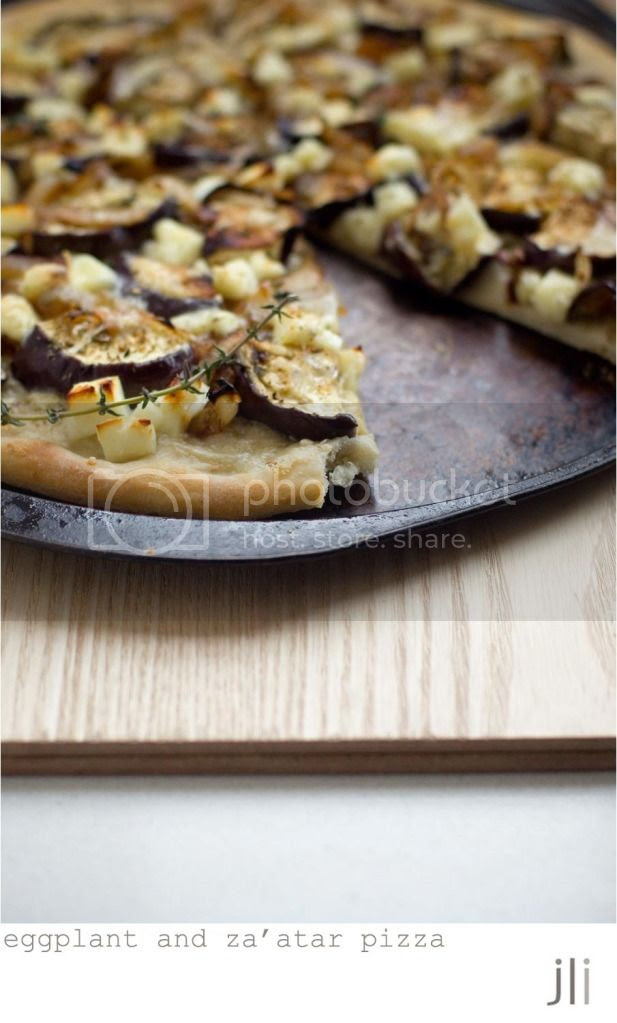 eggplant and za'atar pizza