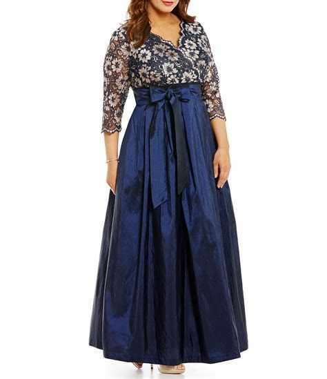 Jessica Howard Plus V Neck 3/4 Sleeve Lace A Line Ballgown