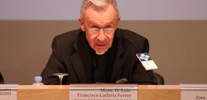 Esto piensa el nuevo Prefecto para la Congregación para la Doctrina de la Fe sobre la comunión de los divorciados en nueva unión