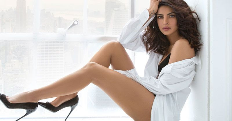 Priyanka Chopra Photo Gallery: Hot Photos and Wallpapers of ...