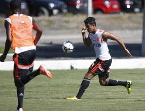 Nixon treino Flamengo (Foto: Gilvan de Souza/Fla Imagem)