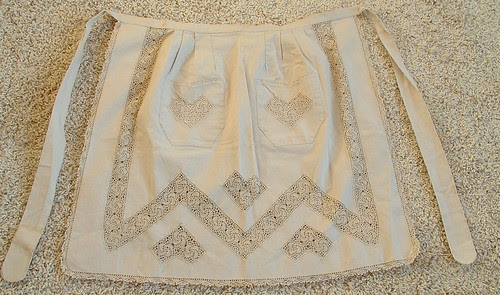 vintage apron with crochet details