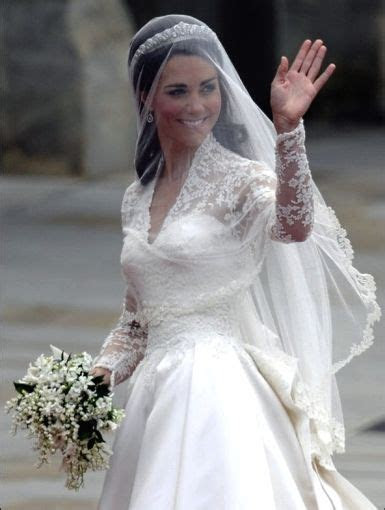 Princess catherine's wedding dress at westminster abbey