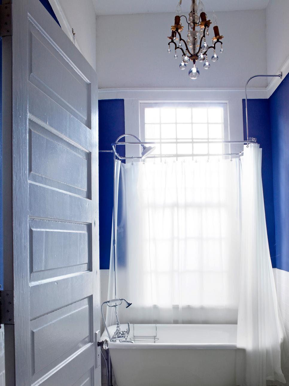 10 Big Ideas for Small Bathrooms | HGTV