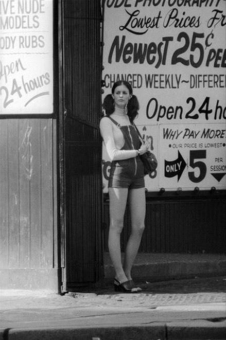 http://mn70s.tumblr.com/post/66209963630/minnesota-strip-new-york-city-mid-1970s-by