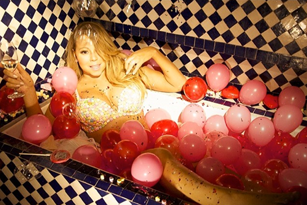BABY COME HOME: MARIAH CAREY TAKE A SNAP IN CANDY BRA & CONFETTI - DivaSnap.com