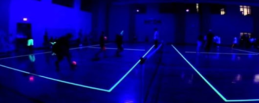 Glow In The Dark Sport: trendy manier van blacklight sport • PartyDJ