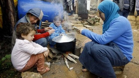 WFP suspends Syria refugee food aid